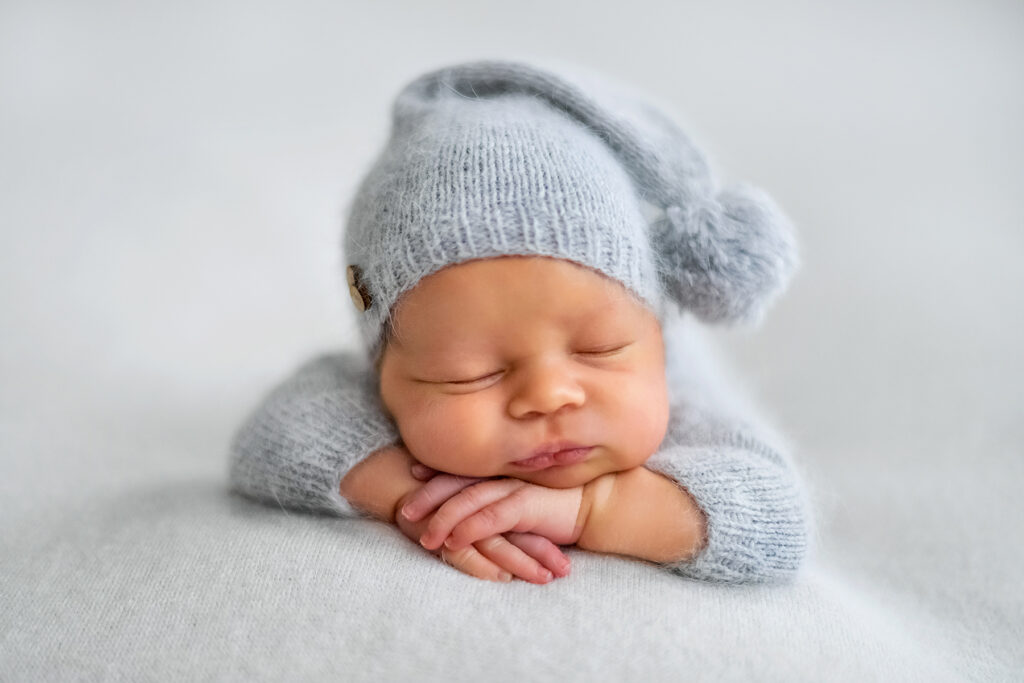 Essential Props for Newborn Photography