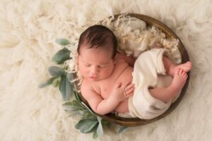 The Perfect Posing Bowl for Newborn Photography picklesandsunshine on Etsy
